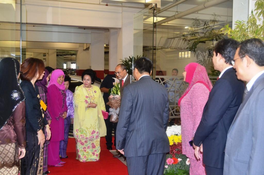 1. Arrival of Datin Rosmah Mansor