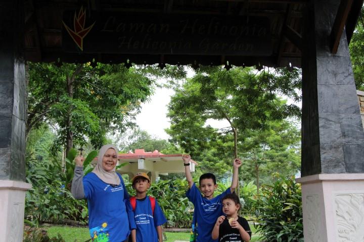4. Sham & Family